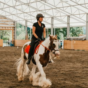 Amber Varner rides a horse